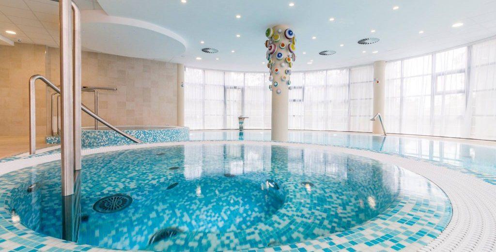 Využití mozaiky v bazénech a wellness I.